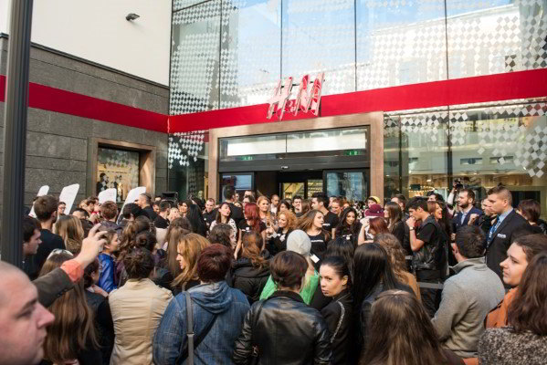 H&M sales development in August and the third quarter 2014